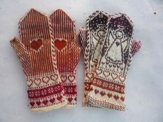 Ravelry: PaiviH's Enkelirasat Fingerless Gloves Knitted, Knit Mittens, Knitting Socks, Hand Knitting, Double Knitting Patterns, Knitting Charts, Crochet Patterns, Mittens Pattern, Fair Isle Knitting