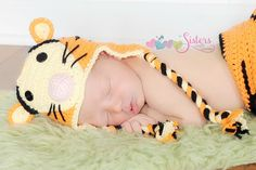 A Tiger hat (diaper cover set sold in separate listing) is so cute and perfect for a child of any age. This is such a fun, and adorable hat perfect for a photo prop, costume, and everyday wear! The ha