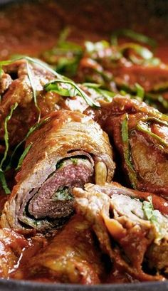 Italian Beef Steak Rolls (Beef Braciole) Recipe — Roll up these tasty Italian-style steaks with herb, pine nut, & Parmesan cheese filling, & prosciutto wrapping - to create a gourmet meal at home! Barbecue Recipes, Meat Recipes, Gourmet Recipes, Dinner Recipes, Cooking Recipes, Cooking Pork, Cookbook Recipes, Gourmet Meals, Cooking Beets