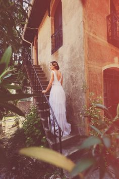 vintage Italian bride // photo by Aljosa Videtic // gown by Anna Fuca Atelier // View more: http://ruffledblog.com/vintage-italian-wedding-inspiration/