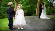 Un consiglio utile per chi si sposa quando la famiglia è già arricchita da uno o più bambini: ecco come coinvolgere i vostri figlio nel matrimonio!