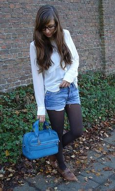 Shorts and tights, with a bold blue to brighten the winter day. Fall Winter Outfits, Winter Style, Autumn Winter Fashion, Style Ideas, Style Inspiration, Shorts With Tights, Fall Fashion Trends, Clothes Horse, New Look