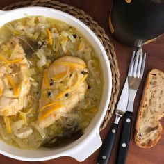 Pollo en escabeche Mexican Dishes, Cabbage, Plates, Canning, Vegetables, Cocina Natural, Ethnic Recipes, Heaven, Food
