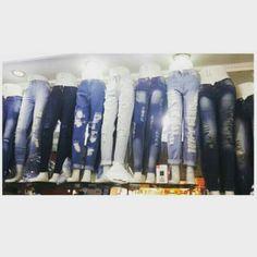 Saya menjual JEANS (HIPSTER & HIGHWAIST ,, RIPPED & PLAIN) IMPORT! seharga Rp143.000. Dapatkan produk ini hanya di Shopee! {{product_link}} #ShopeeID