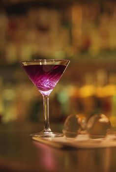 martini d automne martini gotta blueberry vodka recipe canadian living ...
