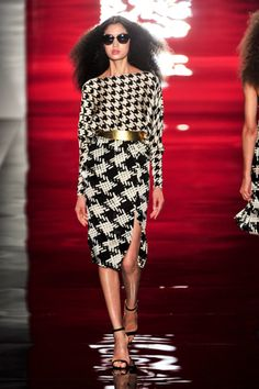 Some serious houndstooth. Reem Acra Spring 2014 Runway  #NYFW #SPRING2014 #So_fresh