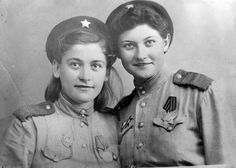 Red Army Women . Best female snipers. Snipers Catherine Golovakha (on the left) and Nina Kovalenko (on the right). Nina Kovalenko killed 100 fascist occupants.