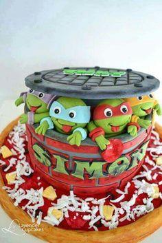 Teenage Turtle Ninja Cake-like the sewer cap design Turtle Birthday Parties, Ninja Turtle Birthday, Ninja Turtle Party, Ninja Turtles, Baby Turtles, Cake Birthday, 4th Birthday, Birthday Ideas, Bolo Ninja