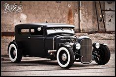 1928 Ford Sedan (2010)