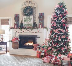 Furniture Layouts With The Lake House Festive Christmas Colors On The Mantel And Christmas Tree Worthing Court Merry Little Christmas, Country Christmas, Christmas Colors, Family Christmas, Christmas Holidays, Christmas Tree Presents, Farmhouse Christmas Trees, Christmas Tree Ribbon, Christmas Island