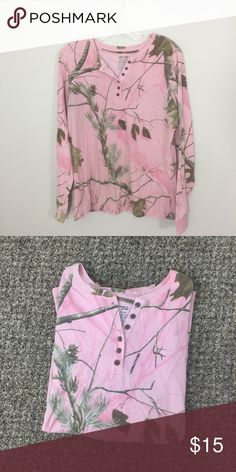 🦋Realtree   Pink camo long sleeve button up NWOT, Pink camouflage Long sleeve Quarter Button up V-neck from real tree. No flaws and has never been worn. Perfect for layering! Size XL! Realtree Tops Tees - Long Sleeve