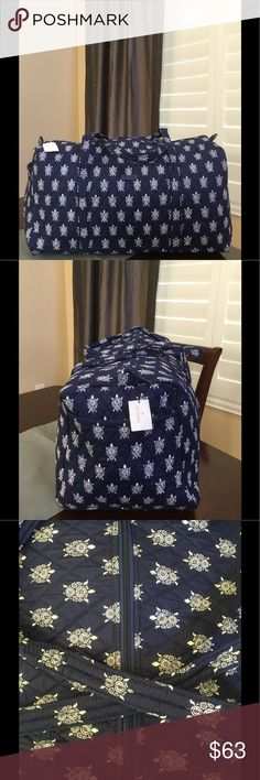 """NWT VERA BRADLEY LARGE DUFFEL Brand new with tags Vera Bradley large duffel  Sea turtles pattern  15"""" strap drop Handy outside end pocket Folds flat for easy storing Dimensions 22"""" W x 11½"""" H x 11½"""" D - 15"""" strap drop Duffle Smoke/pet free home Vera Bradley Bags Travel Bags"""