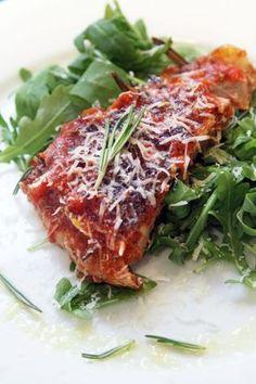 Оригинал взят у tastyaiva в Сицилийский тунец. Важный! Этот тунцовый рецепт является моим самым любимым - виной тому то ли сочетание нежной рыбы с красным нарядным…