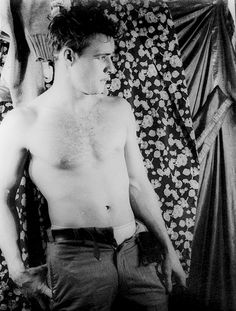 Marlon Brando in Broadway production of A Streetcar Named Desire (1948) by Carl Van Vechten.
