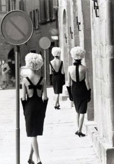 Norman Parkinson, Three Little Black Dresses, Florence, 1961