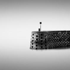 """Trou(blanc"""" fait partie de la série Histoire d'ô, résultat d'un travail noir et blanc autour de l'eau et de la pose longue. Un univers de pureté où le temps s'arrête et laisse place à l'imaginaire. Un voyage onirique et poétique à travers un décor minimaliste. Série limitée à 15 exemplaires  Visible sur mon site Fine Art : http://www.abertrande.com/fineart/"""