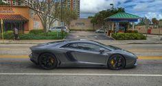 https://flic.kr/p/BM7a8Z | Lamborghini