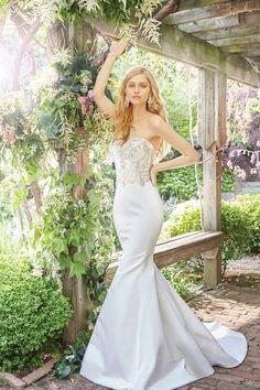 Alvina Valenta | JLM|   Bride |Bridal| Stardust Celebrations | Bridal Salon | Dallas | Plano