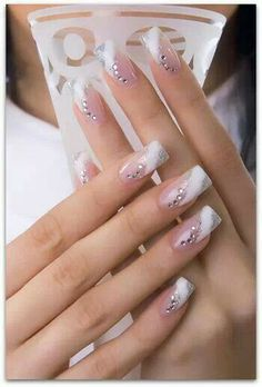 Check Out 25 Best Manicure Nail Art Ideas. Since the nail art as come a long way. It includes an airbrushing machine designed to perform manicure nail art. Fancy Nails, Diy Nails, Cute Nails, Pretty Nails, French Manicure Nail Designs, Cool Nail Designs, Acrylic Nail Designs, Acrylic Nails, Nails Design