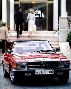 1980s Mercedes-Benz 500 SL