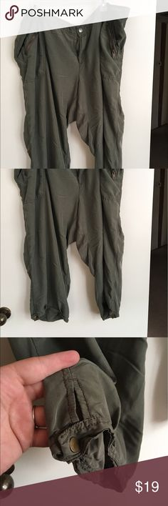 Selling this Light and soft capri pants on Poshmark! My username is: kiwi3chi. #shopmycloset #poshmark #fashion #shopping #style #forsale #Old Navy #Pants
