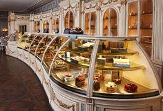 Moszkva, Patiserrie Cafe Pushkin: értékelések az étteremről - TripAdvisor Moscow Restaurant, Greek Flowers, Fun Deserts, Best Sweets, Menu, Pastry Shop, Pot Sets, Cake Shop, Best Coffee