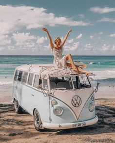 This is how I feel about all the new adventures that are starting from tomorrow on: Marrakech, Tulum, LA, Coachella, NY! Volkswagen Transporter, Volkswagen Bus, Vw T1, Volkswagen Beetles, Wolkswagen Van, Jo And Judy, Vw California Beach, Vw Camping, Bus Girl