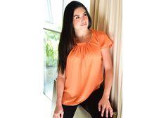 Blusa color naranja con accesorio en escote, diseño y calidad, contamos con varias tallas, moda mexico  PREGUNTA POR MAYOREO POR INBOX, PRECIOS DESDE 50% MENOS, COMPRANDO DESDE 10 PIEZAS SOMOS FABRICANTES!!!!
