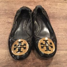 Tory Burch Reva Flats Patent leather Tory Burch Reva flats! Worn only a few times. Great condition. Size 6 Tory Burch Shoes Flats & Loafers