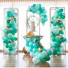 Mint Balloon columns and mini garland Balloon Backdrop, Balloon Columns, Balloon Garland, Balloon Ideas, Birthday Balloons, Birthday Parties, Themed Parties, Ballon Arrangement, Birthday Decorations