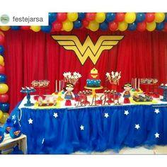 Christmas Tree Feathers, Girl Superhero Party, Wonder Woman Party, Birthday Cake, Wonder Women, Kids, Food, Wonder Woman, Candy Stations