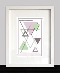 DIY PRINTABLE ART ~ Minty green, pink and mauve triangles ~ Instant download ~ Wall decoration, Office wall art ~ Geometric art door ThreeHousesDesign op Etsy Fine Paper, Paper Art, Office Wall Art, Rose Gold Foil, Party Poster, Make Design, Art Day, Geometric Shapes, Printable Wall Art
