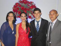 Renata Leão e Família