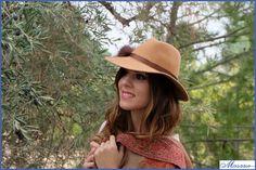 ¿Te has perdido la sesión de fotos con sombreros Fedora de Flamingo In Love? ¡Pincha en el siguiente enlace y descubre todas las fotos! http://materiales-para-tocados-masario.blogspot.com.es/2014/11/sesion-fotos-fedora-flamingo-in-love.html