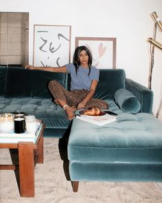 If you're bored of wearing jeans all the time, look no further than our roundup of seriously stylish casual outfits that don't require denim. Living Room Interior, Living Room Furniture, Interior Decorating, Interior Design, Decoration, Interior And Exterior, Sweet Home, Bedroom Decor, New Homes