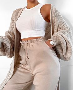 missy empire Nathalie beige cardigan with balloon sleeves - sleeves . missy empire Nathalie beige cardigan with balloon sleeves - Always aspired. Cute Lazy Outfits, Sporty Outfits, Mode Outfits, Retro Outfits, Simple Outfits, Stylish Outfits, Fresh Outfits, Cute Lounge Outfits, Girly Outfits