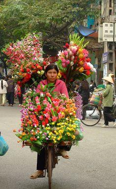Travelling flower market #shopping