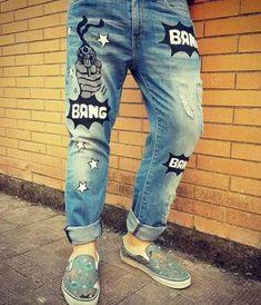 38 new ideas diy fashion jeans shorts Teen Pants, Customised Denim Jacket, Denim Jeans Men, Jeans Women, Denim Ideas, Painted Jeans, Short En Jean, Jeans Skinny, Denim Fashion