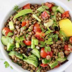 Cucumber Tomato Lentil Salad Lentil Salad Recipes, Kale Recipes, Soup Recipes, Vegan Recipes, Diet Recipes, Vegan Soups, Vegan Dishes, Salade Healthy, Healthy Detox