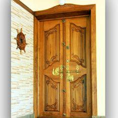 Wooden Front Doors, Front Door Decor, Main Door Design, Batten, Modern House