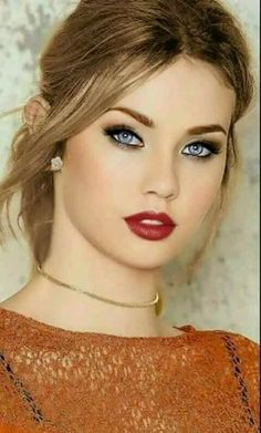Top 10 Countries With The World's Most Beautiful Women (Pictures included) Most Beautiful Faces, Stunning Eyes, Beautiful Lips, Beautiful Women Pictures, Gorgeous Eyes, Beautiful Girl Image, Pretty Eyes, Beautiful Clothes, Girl Face