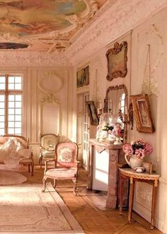 Vintage Shabby Pink! Not too shabby! Look at that ceiling!