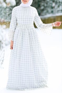 Gingham Dress www.annahariri.com