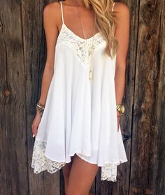 White, casual with gold accents, the perfect white party feel.