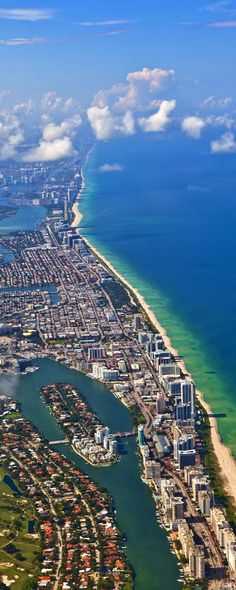 South Beach Miami ☆.¸¸.•´¯`♥ ◉ pinned by http://www.waterfront-properties.com/dadecountyrealestate.php