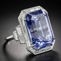 Carat No-Heat Ceylon Sapphire and Diamond Ring Carat No-Heat Ceylon Saphir- und Diamantring – Antike & Vintage Edelsteinringe – Vintage-Schmuck Art Deco Diamond Rings, Antique Diamond Rings, Platinum Diamond Rings, Diamond Gemstone, Gemstone Rings, Solitaire Rings, Diamond Heart, Art Deco Schmuck, Bijoux Art Deco