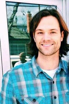 Jared, now that is just not fair. he should not look that perfect.