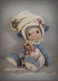 Etsy - Shop for handmade, vintage, custom, and unique gifts for everyone Tiny Dolls, Needle Felting, Creations, Teddy Bear, Etsy, Sculpture, Vintage, Crafts, Animals