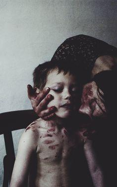 laura makabresku - Eu amo esta foto, me diz tanta coisa! Qualquer dia sentamos que a mamãe te explica.