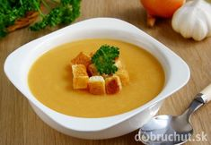 Hrachová polievka s chlebom Thai Red Curry, Cantaloupe, Fruit, Ethnic Recipes, Food, Essen, Yemek, Meals